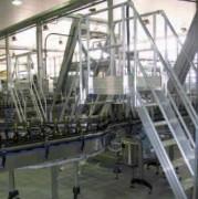 Passerelle de franchissement de convoyeur - Facilité de mise en oeuvre, robustesse et légèreté