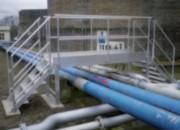 Passerelle de franchissement tuyauterie double - Réalisations mécano-soudées en aluminium pour industrie pétrochimique