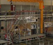 Passerelle de travail sur ligne de production - Hauteur max : 3,6 mètres - Charge maxi. 200 kg : 2 personnes