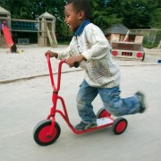 Patinette 3 roues - Conçue pour les enfants de 2 à 6 ans