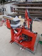 Pelle retro pour tracteur - Masse à vide : 320 kg