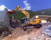 Pince démolition béton à vérin - Pince travaux publics pour pelles 16 à 40 tonnes
