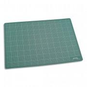 Plaque de découpe verte 450x300x3mm. Résistante à la coupe, surface quadrillée - JPC