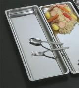 Plat rectangulaire pour vitrine réfrigérée - Longueur : 82 ou 74 cm - Poids : 2.59 à 3.25 kg - Inox 18%