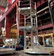Plate-forme 2 niveaux d'accès cuves industrie chimique - Mobile ou fixe