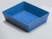 Plateau médical polypropylène - Dimensions (L x l x H) mm : 200 x 150 x 50 ou 300 x 250 x 50