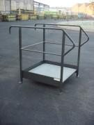 Plateforme d'accès pour collecteur d'huiles - Dimensions L x l x h (mm) : 1000 x 1000 x 200 ou 400