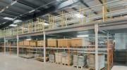 Plateforme de stockage avec bureaux modulable - Modulable et performante