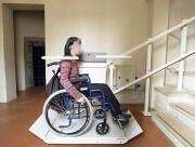 Plateforme monte-escalier antidérapante