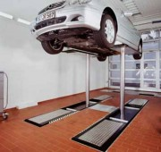 Pont de levage auto - Charge maximale : 4 tonnes