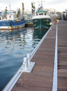 Pont flottant sur-mesure - Franc-bord : 500 à 700 mm