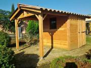Pool house traditionnel en bois - Dimensions : 550 x 400+198 cm - Toiture en pente - En Sapin non imprégné
