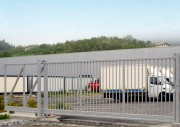Portail autoportant industriel - Conforme norme européenne EN 13241-1