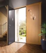 Porte d'entrée sur-mesure - Menuiseries extérieures à matériaux haute performance
