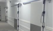 Porte isotherme coulissante - Positive ou négative - Huisserie aluminium