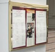 Porte-menu mural - Taille : 8 feuilles A4 - Dimensions : 900x700x35mm