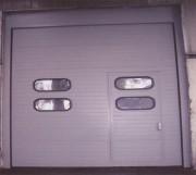 Porte sectionnelle norme ISO -  Epaisseur des panneaux : 80 mm