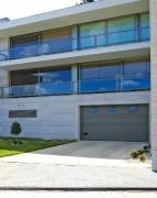 Porte sectionnelle résidentielle - Epaisseur panneau : Entre 0,45 et 0,7 mm