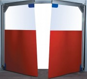 Porte souple et transparente à vantaux pvc - Haute résistance au rayures