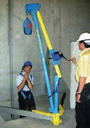Potence de levage mobile 500 kg - Charge maximale d'utilisation (CMU) : 500 kg