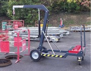 Potence de manutention mobile - Charge maximale d'utilisation : 450 kg