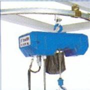 Potence triangulée à profil creux - Capacité (kg) : 150 à 1000 - Portée en mètre : 2 à 6