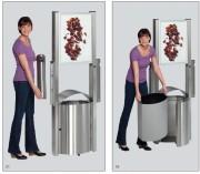 Poubelle avec panneau publicitaire - Capacité : 50 L - Dimensions : 1800 x 350 x 580 mm - Finition : Inox