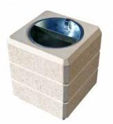 Poubelle carrée en béton armé - Capacité : 40 litres