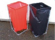 Poubelle tri sélectif - Équipée d'un sac plastique facilement remplaçable