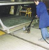 Pousseur pneumatique pour machine - Tout type d'installation sur roues ou rouleaux.