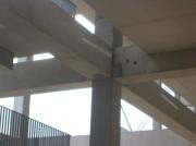 Poutre en béton précontraint - Poutres principales pour bâtiments industriels