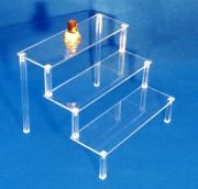 Présentoir élévateur  3 marches largeur 39 cm - Tablette escalier 3 marches transparente