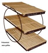 Présentoirs 3 étages supports en métal - Dimensions : 33 x 49 et 43 x 69 - Osier et métal