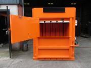 Presse à balle 300 kg - Puissance: 30 tonnes