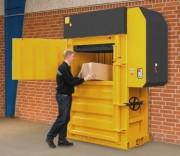 Presse à carton grande capacité - Poids des balles de carton : 400 – 500 kg  -  Balle de plastique, poids : 450-600 kg