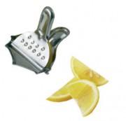 Presse citron en acier chromé - Dimensions (L x l x H) cm : 7 x 8 x 2,4