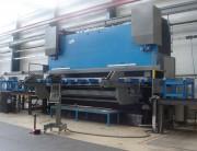 Presse plieuse hydraulique avec automate de sécurité - Capacité : de 32 t x 1.25 m à 1000 t x 13 m
