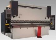 Presse plieuse hydraulique traditionnelle - Capacité : de 35 tonnes/1,25 m à 300 tonnes/4 m