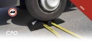 Protège câbles et tuyaux - 2 Passe câbles - 4 réflécteurs - 2 Dents de requin réfléchissantes
