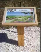Pupitre d'information en bois - Avec fond PVC blanc