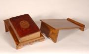 Pupitre pour reliure de livre A4 - Dimensions (L x H x P) : 24 x 14 x 36 cm
