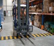 Ralentisseur pour entrepôt - Dimensions (mm) : 600 x 500 x 20