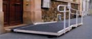 Rampe d'accès amovible PMR - En aluminium ou fibre de verre