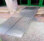 Rampe d'accès pmr - Capacité 300 Kg