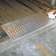 Rampe de chargement amovible 2 tonnes - Dimensions (L x l) : de 600 x 1000 à 600 x 2000 mm