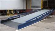 Rampe de chargement fixe 10 tonnes - Charge utile : 10 tonnes