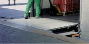 Rampe de quai articulée compensée - Charge(kg) : 5000