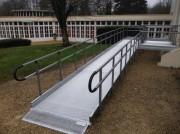 Rampe escalier modulaire - Dimensions (cm) : 30 x 140