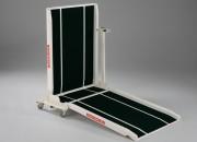 Rampes mobiles pour accès handicapés - Franchissement : 30 à 60 cm - Capacité de charge : 300 kg