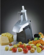 Râpe à fromage 1200 Tours par minute - Puisssance : 1000 Tr/mn (50 Hz) - 1200 Tr/mn (60 Hz)